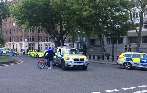 Напад у Лондоні: ножем поранено чоловіка