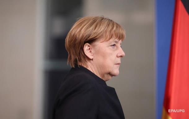 Меркель предостерегла от изоляции Катара