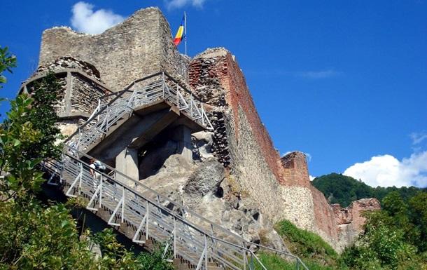 В Румынии для туристов закрыли замок Дракулы