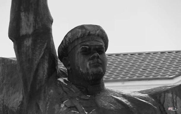 В Одеській області демонтували пам ятник Котовському