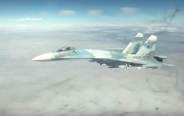 Появилось видео перехвата Су-27 самолетов США