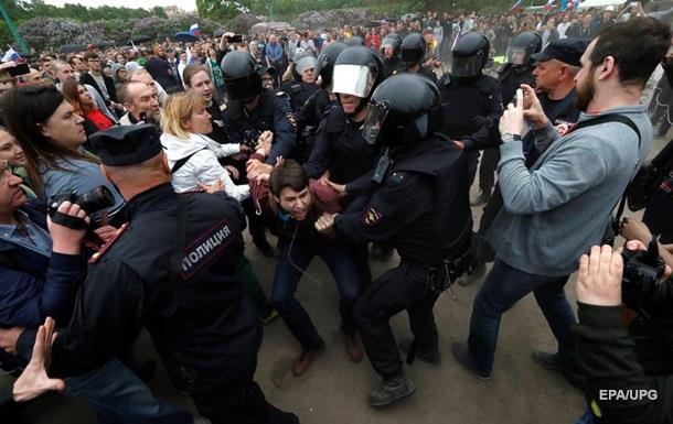 Мітинги проти корупції схвалюють 58% росіян - опитування