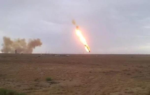 В Казахстане возник пожар из-за падения частей ракеты, есть жертвы