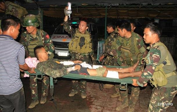 На Філіппінах в бою з ІДІЛ загинули 13 військових