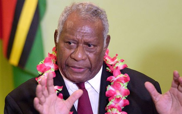 У Вануату раптово помер президент