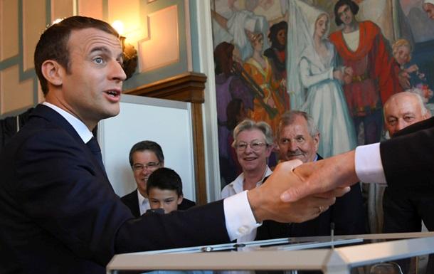 Рух Макрона переміг на виборах у Франції