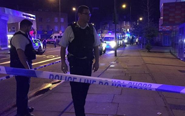 Наїзд на натовп в Лондоні: постраждали 12 осіб