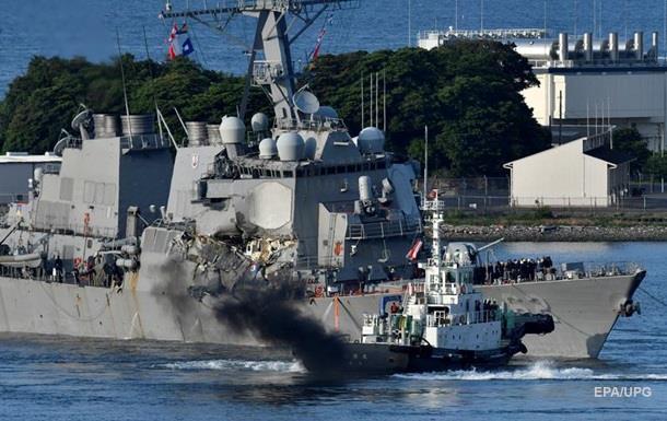 Флот розбитий контейнеровозом. Проблеми ВМС США
