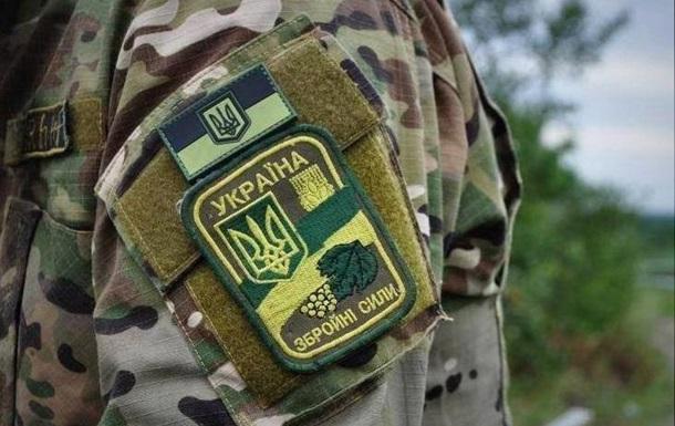 На військовому аеродромі під Києвом поранений чоловік