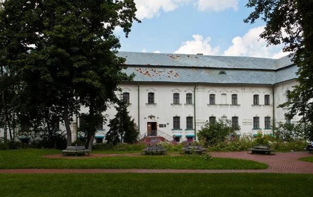 Музей-архів літератури і мистецтва переселяють у промзону