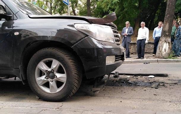 Вибух джипа у Києві: знайдено вибуховий пристрій