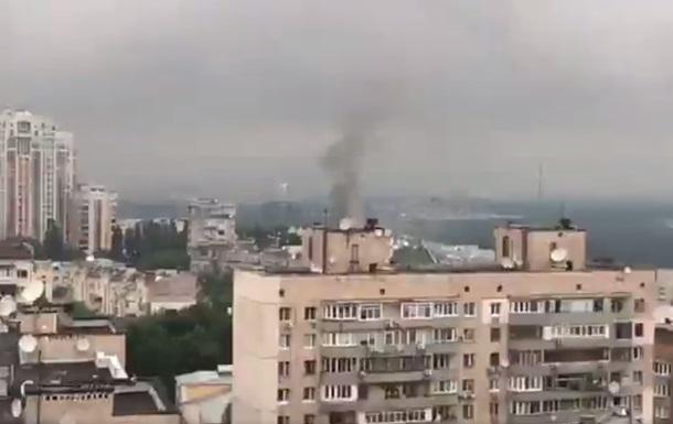 Біля Києво-Печерської лаври сталася пожежа