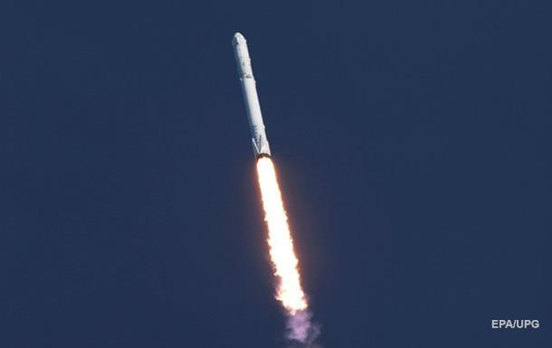 SpaceX запустила Falcon 9 с болгарским спутником