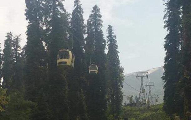В Індії сім туристів загинули на канатній дорозі