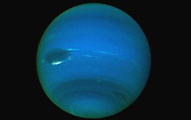 Уран меняет полюса каждый день - ученые