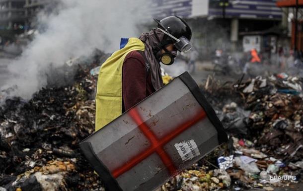 Майдан в Венесуэле: уже 90 погибших