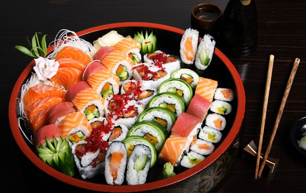 У четверых заболевших из-за суши нашли сальмонеллез