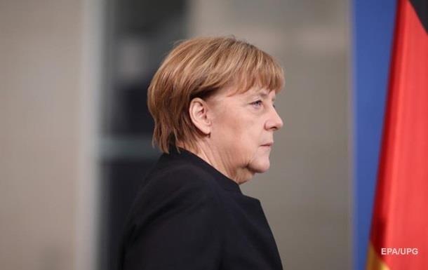 Меркель в предвыборной программе упомянула Украину