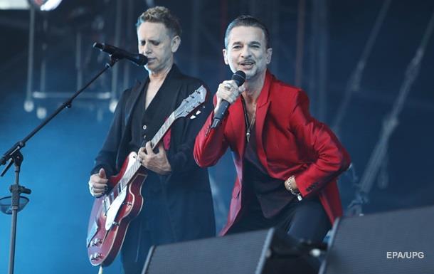 Depeche Mode потребовала в киевском райдере 12 холодильников