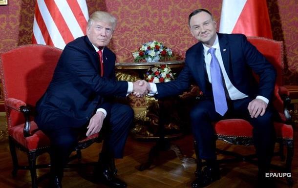 Трамп обговорив з Дудою ситуацію в Україні