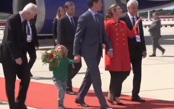 Маленький сын Трюдо стал сенсацией саммита G20