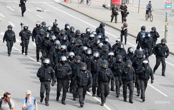 Полиция вернула контроль над улицами Гамбурга