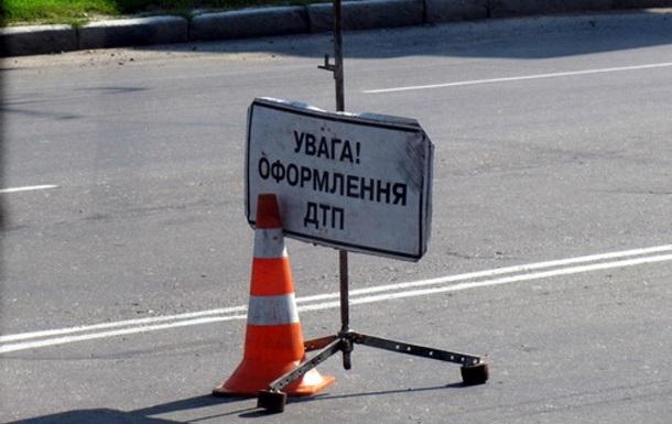 Во Львовской области разбилась маршрутка: 10 пострадавших