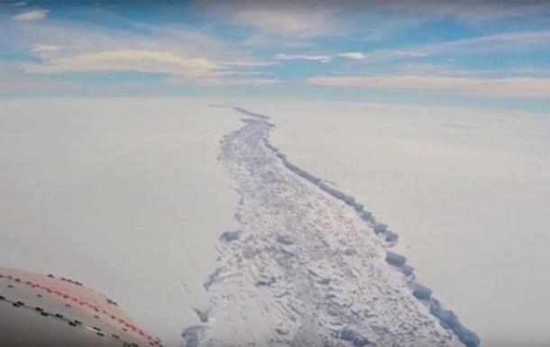 Отколовшемуся в Антарктиде айсбергу пророчат десятки лет существования