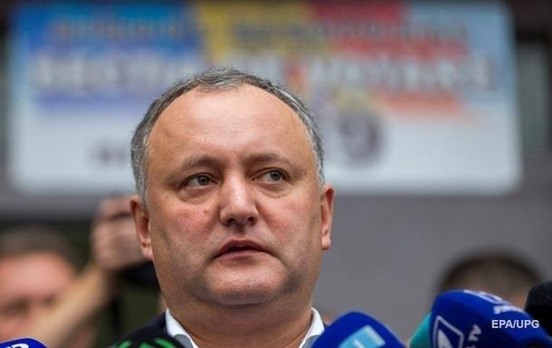 Додон: Конфликт на Донбассе мешает торговле с РФ