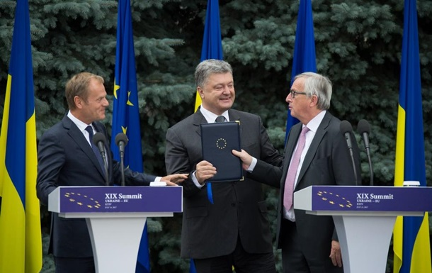 Порошенкові приємні результати саміту Україна-ЄС
