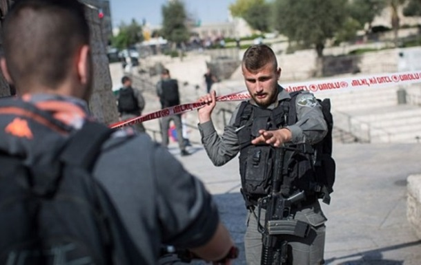 У Єрусалимі поліцейських закидали  коктейлями Молотова