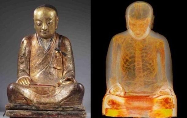 Китайские крестьяне требуют вернуть им мумию монаха