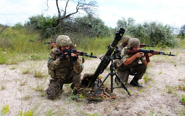 Сутки в АТО: Двое военных погибли, четверо ранены