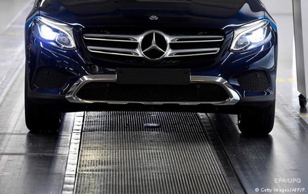Daimler відкликає мільйони автомобілів Mercedes