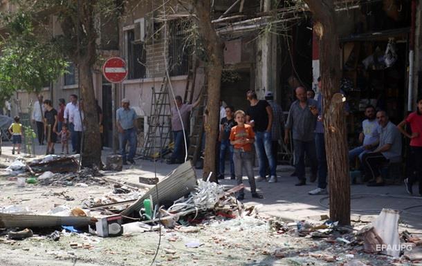 В Сирии при взрыве машины погибли десятки людей