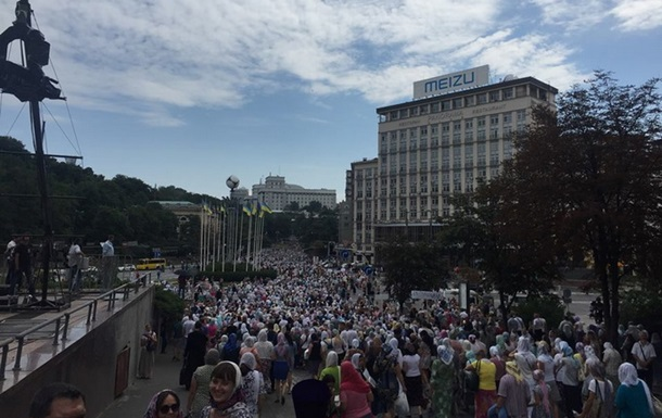 УПЦ: На хресну ходу прийшли сто тисяч вірян