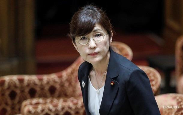 Министр обороны Японии уходит в отставку из-за скандала с миротворцами