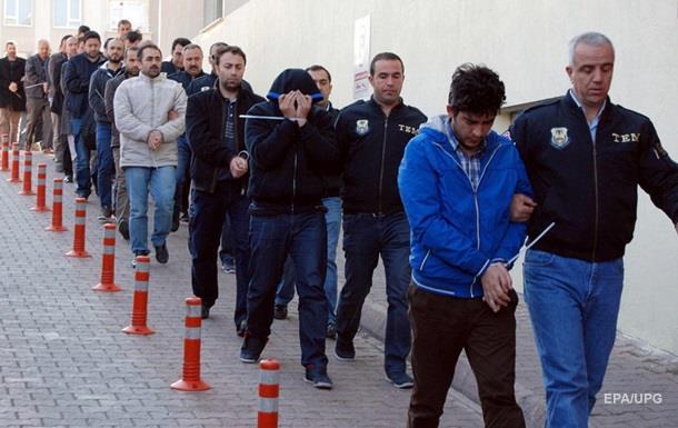 У Туреччині понад 1000 осіб заарештовано за причетність до путчу