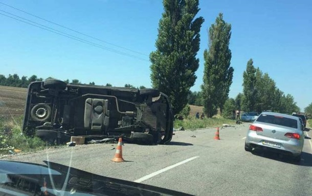 На Херсонщині військова техніка потрапила в аварію