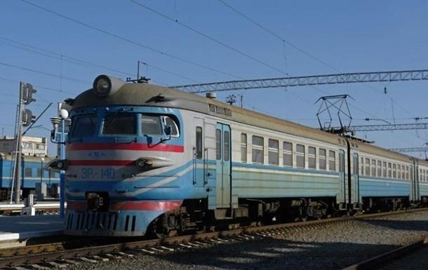 В Харьковской области мужчина погиб от удара током на крыше электрички
