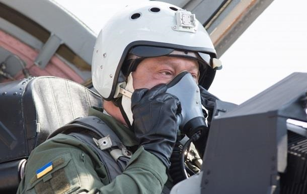 Полет Порошенко: видео из кабины истребителя