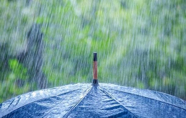 Синоптики предупреждают о сильных дождях и грозах