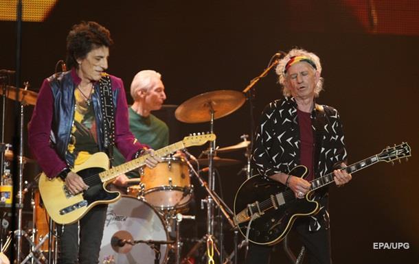 Гитарист Rolling Stones признался в болезни раком