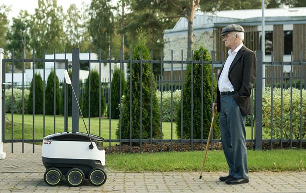 Нетрезвый эстонец избил робота-курьера