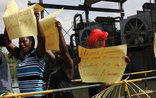 В Нигерии захватили завод Shell