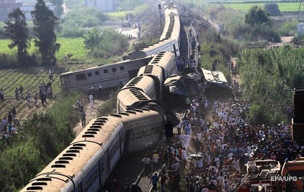 В Египте чиновник умер после посещения места крушения поездов