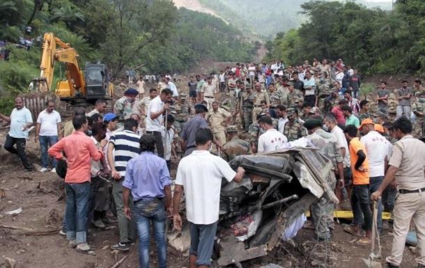 В Індії через гірський зсув загинули щонайменше 45 людей