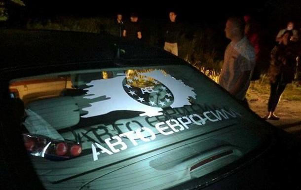 Під Києвом розстріляли машину глави Авто Євро Сили