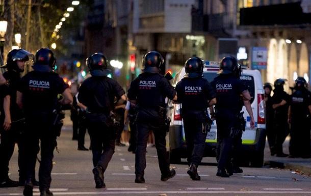 DW: Що відомо про теракт в Барселоні