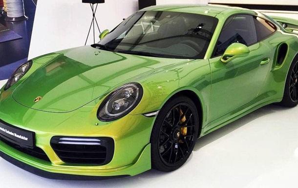 Фарбування Porsche виявилося для власника дорожчим за авто